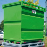 Contenedor con fondo abatible 500 litros pintado verde