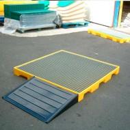 Plataforma colectora de PEAD con enrejado galvanizado
