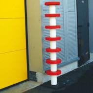 Poste de protección rojo y blanco - Altura 2000 mm